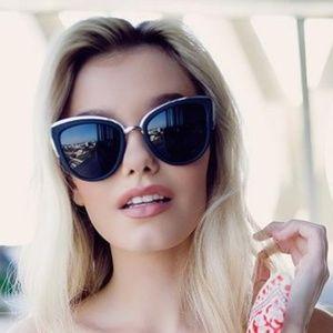 Quay Australia My Girl Sunglasses in Black/Smoke